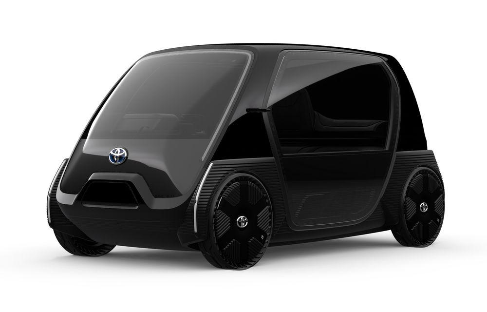 Toyota prezintă imagini și detalii tehnice despre primul său model electric: rivalul lui Smart EQ Fortwo are autonomie de 100 de kilometri - Poza 4