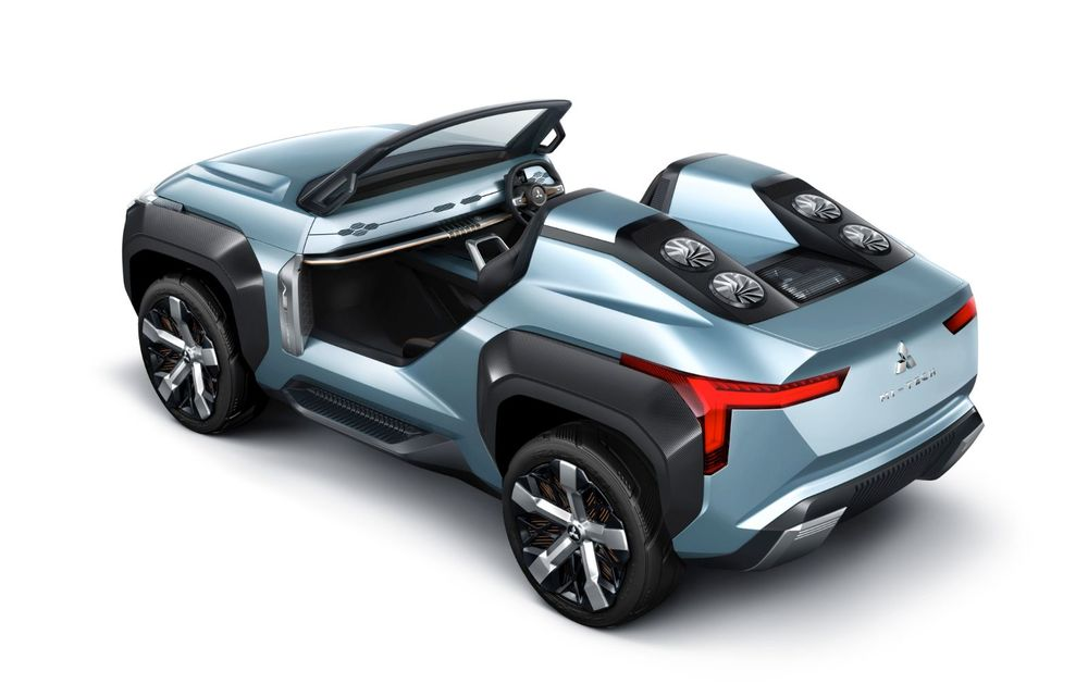 Mitsubishi Mi-Tech Concept a fost expus la Tokyo: prototipul are patru motoare electrice și o turbină cu gaze cu rol de range extender - Poza 4