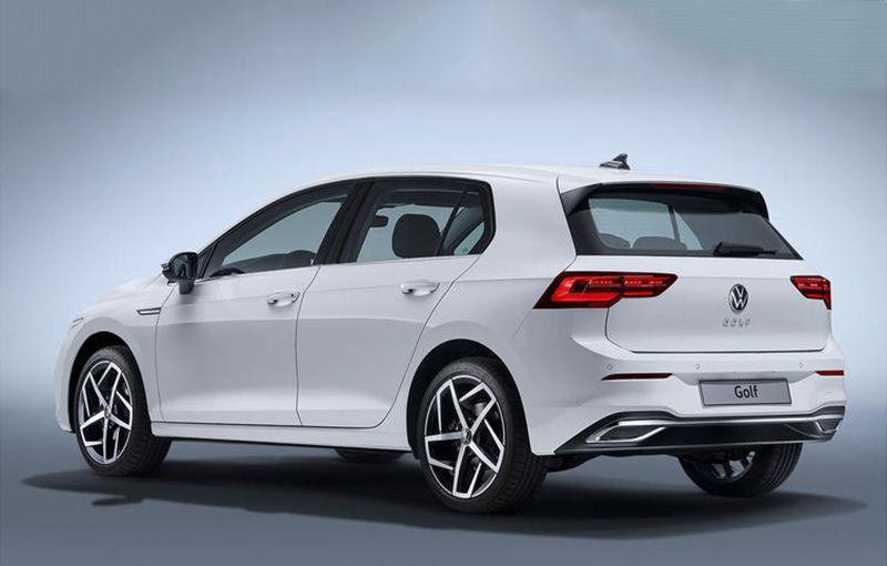 """Acesta este noul Volkswagen Golf: primele imagini cu modelul compact, """"scăpate"""" pe internet înainte de prezentarea oficială - Poza 7"""