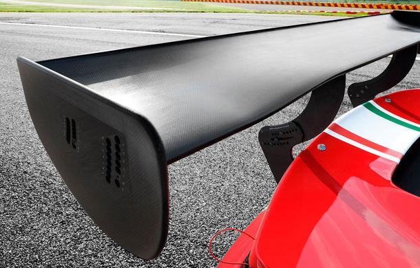Faceți cunoștință cu Ferrari 488 GT3 EVO: elemente aerodinamice noi, ampatament mai mare și pachet special pentru curse de anduranță de 24 de ore - Poza 8