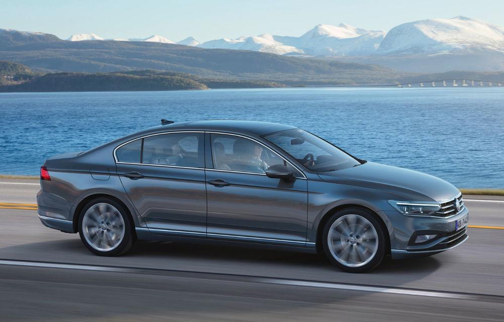 Efectul întârzierii noii uzine din Turcia: Volkswagen ar putea muta producția lui Passat în Slovacia - Poza 1
