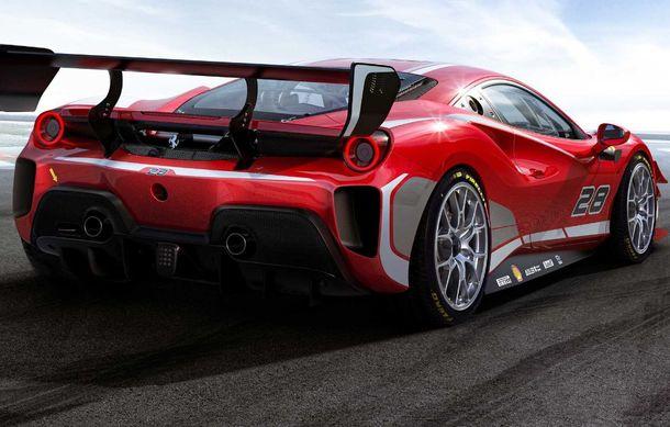 Ferrari a publicat primele imagini și detalii cu 488 Challenge EVO: italienii au pregătit modificări exterioare generoase și un sistem de frânare îmbunătățit - Poza 2