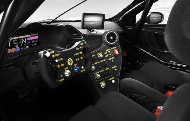 Ferrari a publicat primele imagini și detalii cu 488 Challenge EVO: italienii au pregătit modificări exterioare generoase și un sistem de frânare îmbunătățit - Poza 4