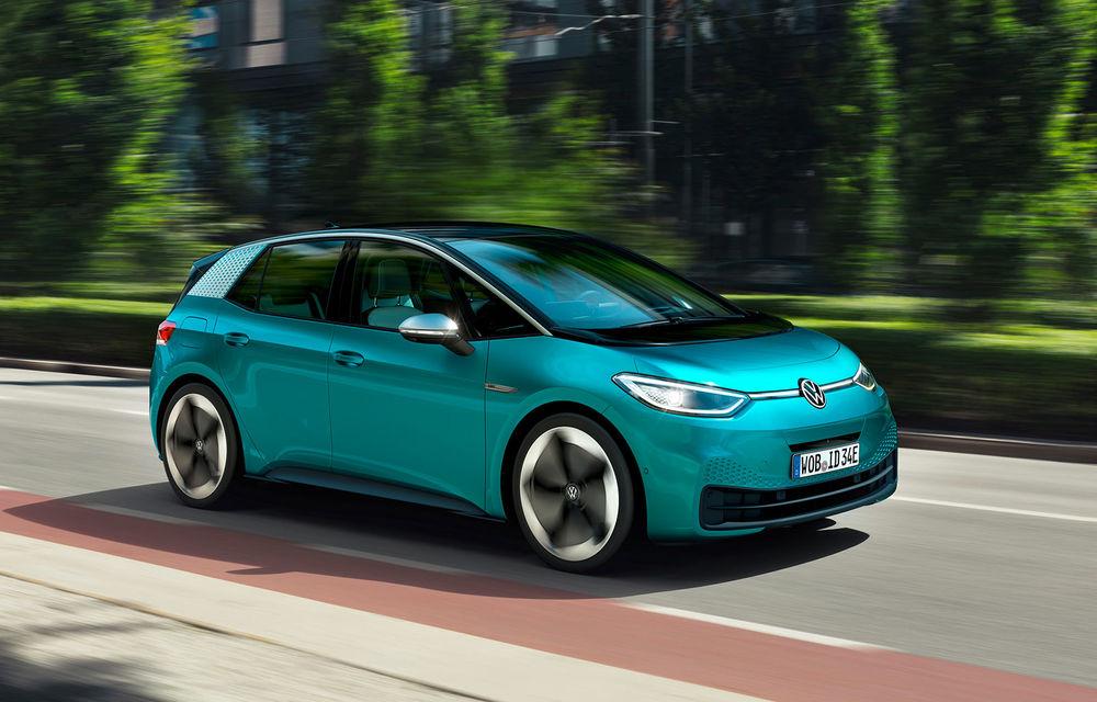 Volkswagen pregătește noutăți pentru ID3: modelul electric va avea autonomie mai mare, dar și o versiune de performanță - Poza 1