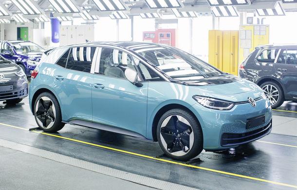 Volkswagen a început producția lui ID.3: hatchback-ul electric a primit peste 35.000 de pre-comenzi - Poza 2