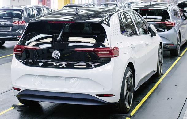 Volkswagen a început producția lui ID.3: hatchback-ul electric a primit peste 35.000 de pre-comenzi - Poza 3