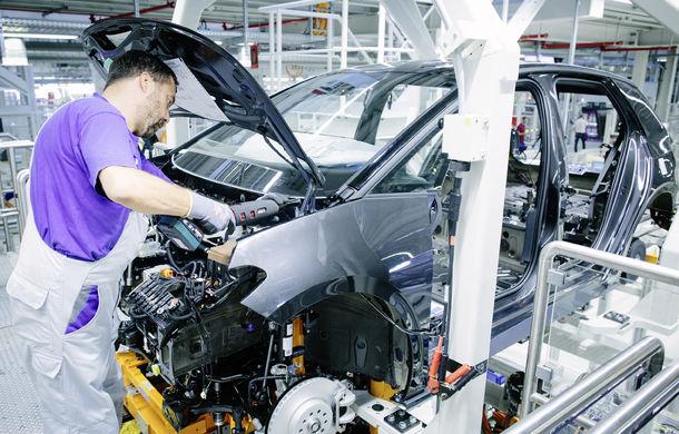 Volkswagen a început producția lui ID.3: hatchback-ul electric a primit peste 35.000 de pre-comenzi - Poza 8