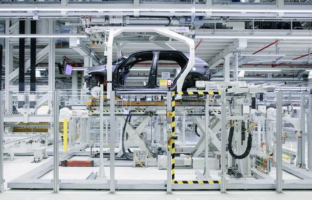Volkswagen a început producția lui ID.3: hatchback-ul electric a primit peste 35.000 de pre-comenzi - Poza 5