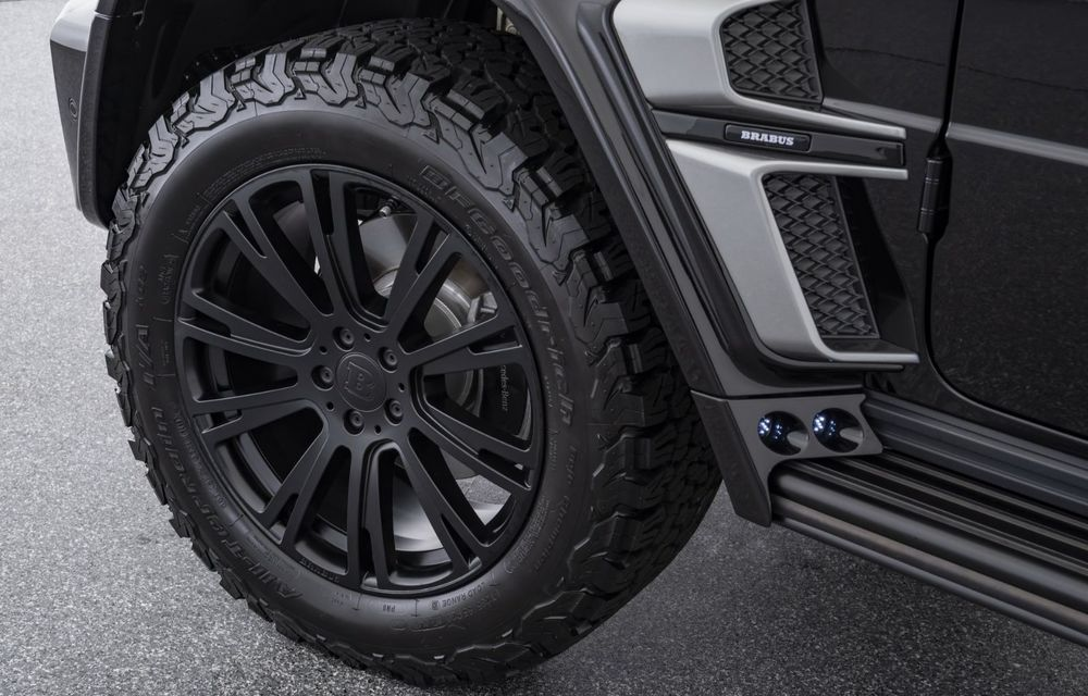 Tratament special pentru Mercedes-Benz Clasa G din partea tunerului Brabus: gardă la sol mai mare cu 40 de milimetri și 330 CP oferiți de motorul diesel de 3.0 litri - Poza 7