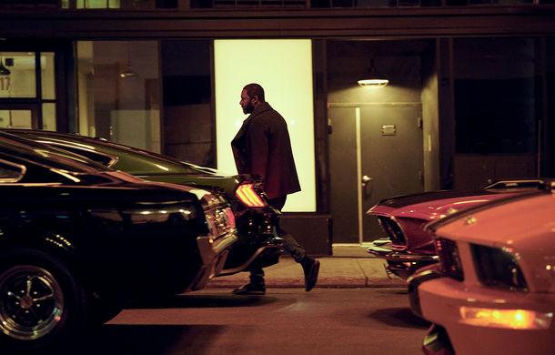 Ford semnează un parteneriat cu actorul Idris Elba: în 18 noiembrie, britanicul va împărți scena cu viitorul SUV electric - Poza 3