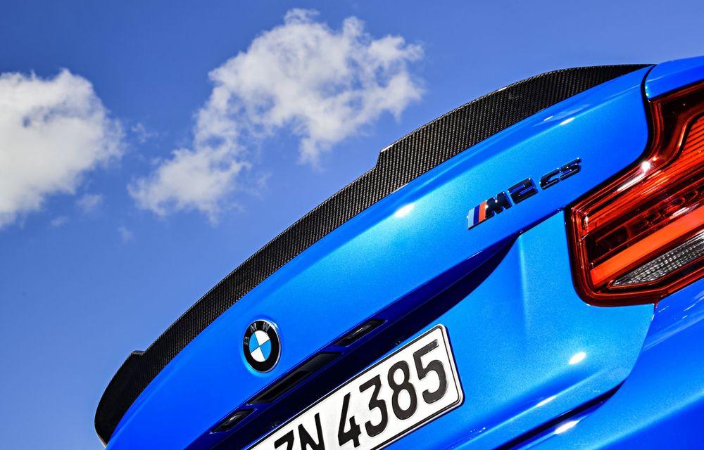 BMW a prezentat noul M2 CS: accesorii de caroserie din fibră de carbon, motor de 3.0 litri cu 450 CP și 4 secunde pentru 0-100 km/h - Poza 63