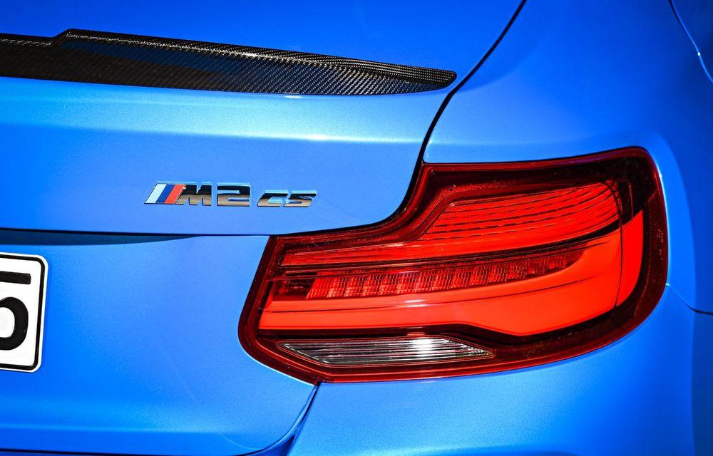 BMW a prezentat noul M2 CS: accesorii de caroserie din fibră de carbon, motor de 3.0 litri cu 450 CP și 4 secunde pentru 0-100 km/h - Poza 59