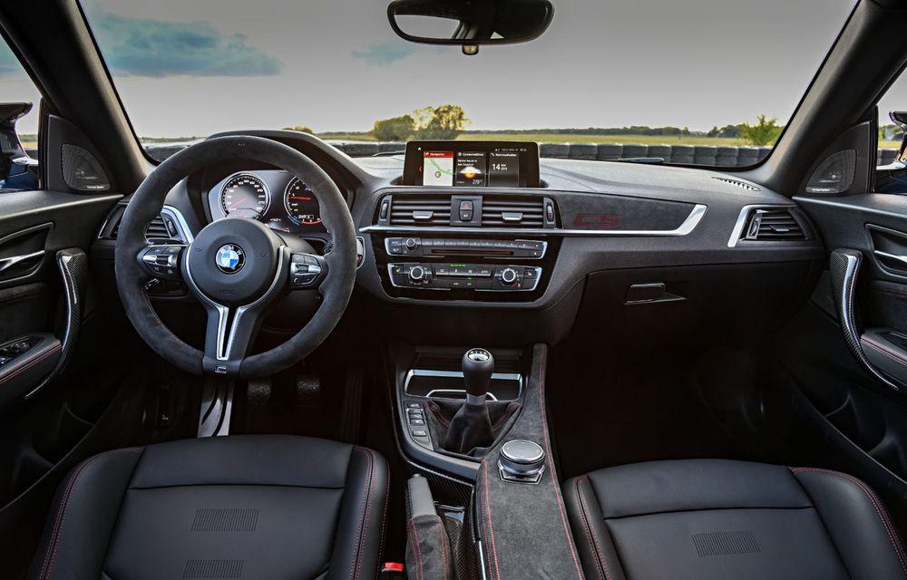BMW a prezentat noul M2 CS: accesorii de caroserie din fibră de carbon, motor de 3.0 litri cu 450 CP și 4 secunde pentru 0-100 km/h - Poza 69