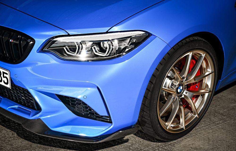 BMW a prezentat noul M2 CS: accesorii de caroserie din fibră de carbon, motor de 3.0 litri cu 450 CP și 4 secunde pentru 0-100 km/h - Poza 56