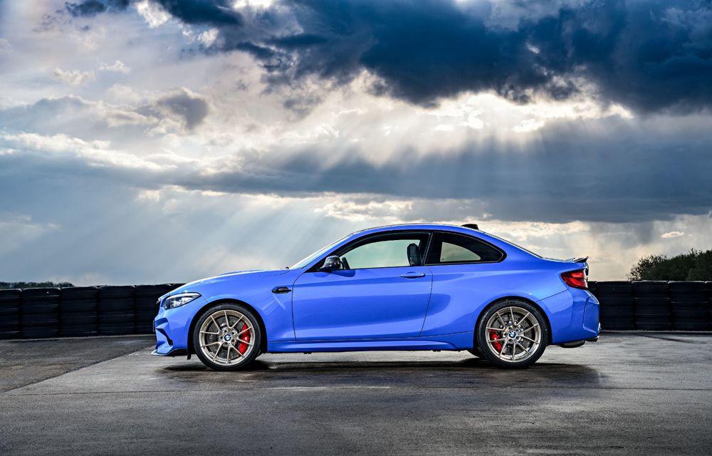 BMW a prezentat noul M2 CS: accesorii de caroserie din fibră de carbon, motor de 3.0 litri cu 450 CP și 4 secunde pentru 0-100 km/h - Poza 26