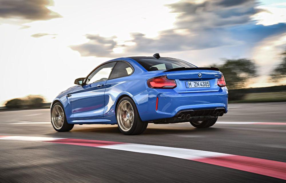 BMW a prezentat noul M2 CS: accesorii de caroserie din fibră de carbon, motor de 3.0 litri cu 450 CP și 4 secunde pentru 0-100 km/h - Poza 40
