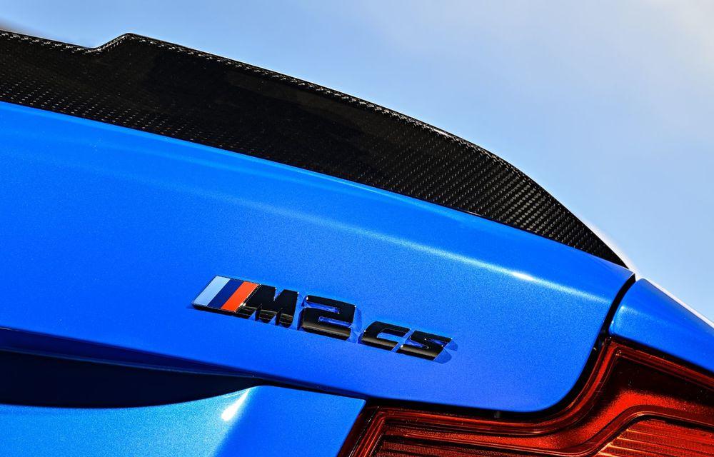 BMW a prezentat noul M2 CS: accesorii de caroserie din fibră de carbon, motor de 3.0 litri cu 450 CP și 4 secunde pentru 0-100 km/h - Poza 62