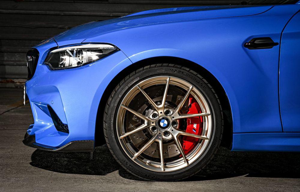 BMW a prezentat noul M2 CS: accesorii de caroserie din fibră de carbon, motor de 3.0 litri cu 450 CP și 4 secunde pentru 0-100 km/h - Poza 55