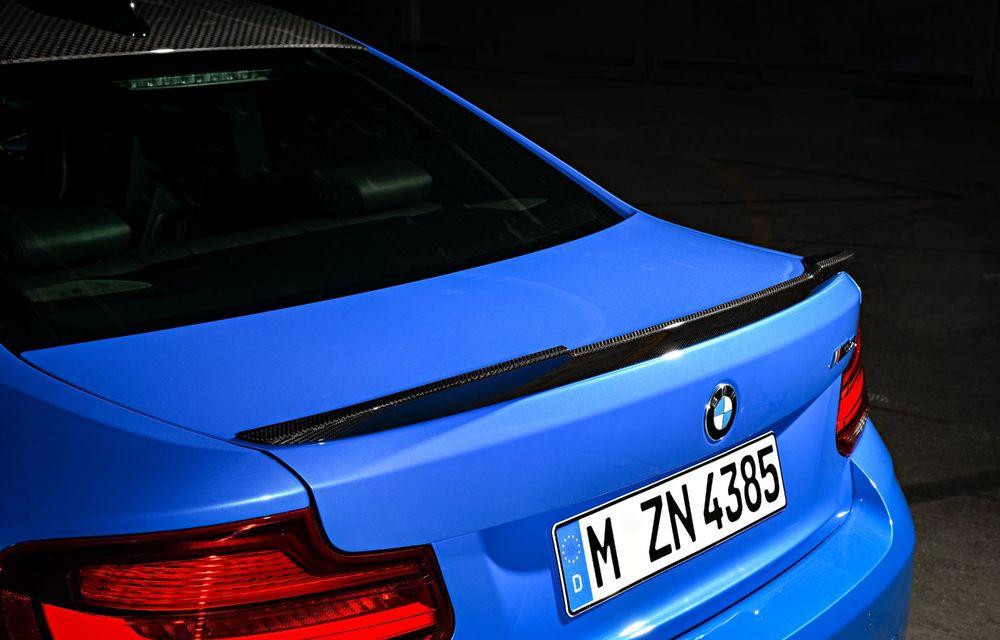 BMW a prezentat noul M2 CS: accesorii de caroserie din fibră de carbon, motor de 3.0 litri cu 450 CP și 4 secunde pentru 0-100 km/h - Poza 60