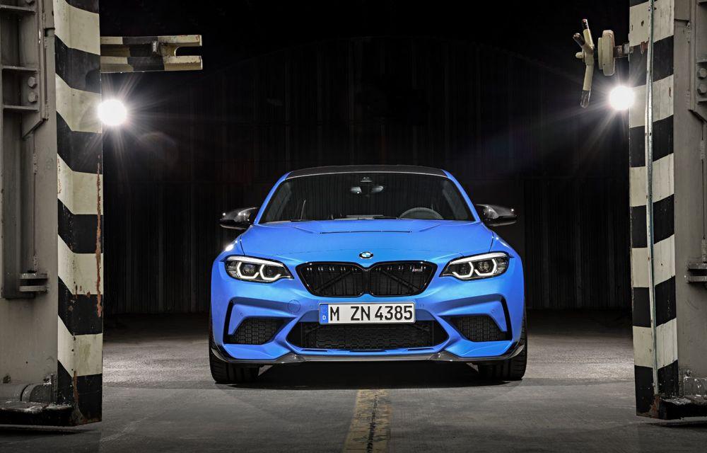 BMW a prezentat noul M2 CS: accesorii de caroserie din fibră de carbon, motor de 3.0 litri cu 450 CP și 4 secunde pentru 0-100 km/h - Poza 2
