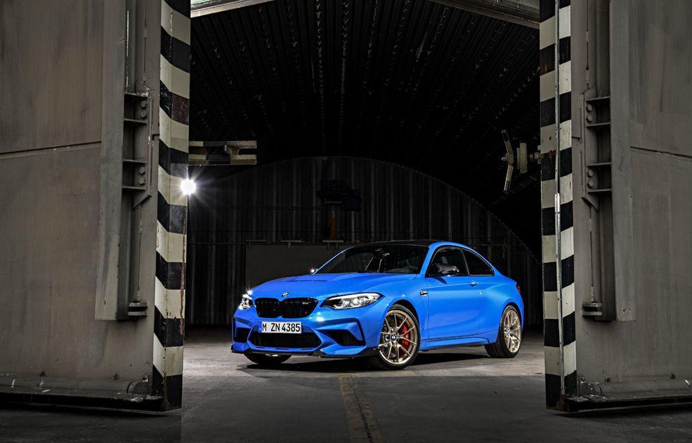 BMW a prezentat noul M2 CS: accesorii de caroserie din fibră de carbon, motor de 3.0 litri cu 450 CP și 4 secunde pentru 0-100 km/h - Poza 3