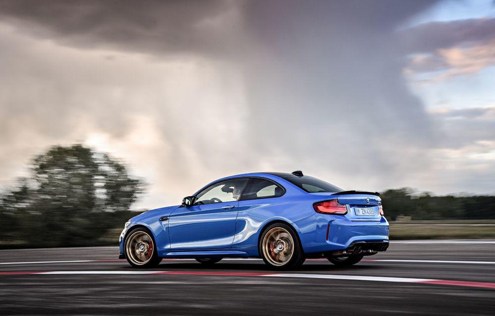 BMW a prezentat noul M2 CS: accesorii de caroserie din fibră de carbon, motor de 3.0 litri cu 450 CP și 4 secunde pentru 0-100 km/h - Poza 41
