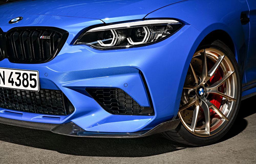 BMW a prezentat noul M2 CS: accesorii de caroserie din fibră de carbon, motor de 3.0 litri cu 450 CP și 4 secunde pentru 0-100 km/h - Poza 52