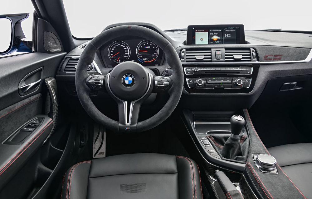 BMW a prezentat noul M2 CS: accesorii de caroserie din fibră de carbon, motor de 3.0 litri cu 450 CP și 4 secunde pentru 0-100 km/h - Poza 66