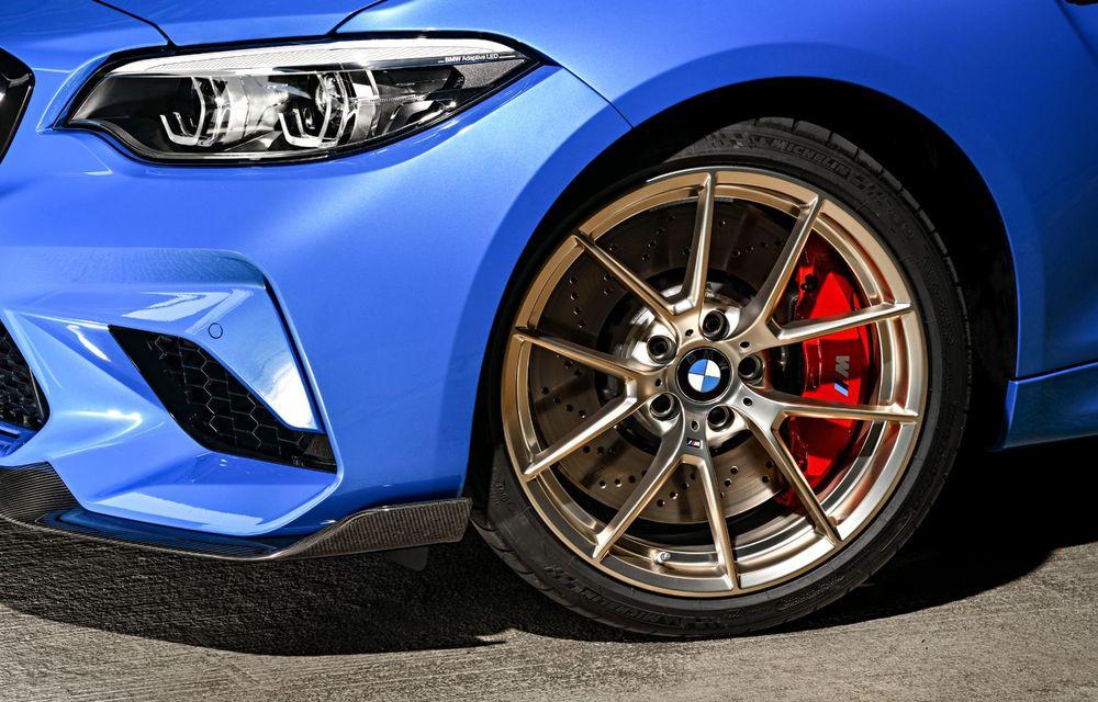 BMW a prezentat noul M2 CS: accesorii de caroserie din fibră de carbon, motor de 3.0 litri cu 450 CP și 4 secunde pentru 0-100 km/h - Poza 53