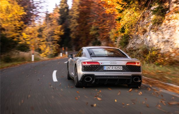 Audi a prezentat R8 V10 RWD: motor aspirat de 5.2 litri cu 540 CP și roți motrice spate - Poza 8