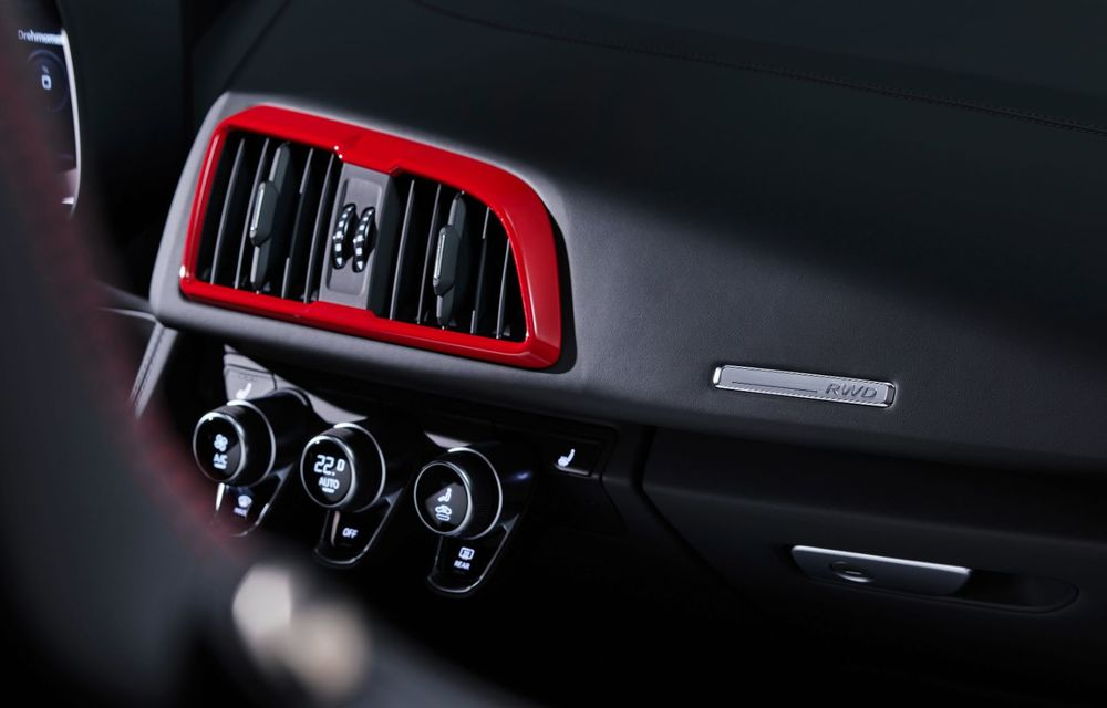 Audi a prezentat R8 V10 RWD: motor aspirat de 5.2 litri cu 540 CP și roți motrice spate - Poza 58