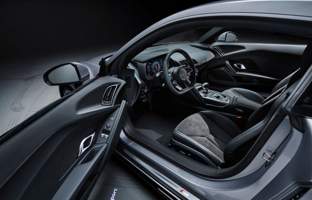 Audi a prezentat R8 V10 RWD: motor aspirat de 5.2 litri cu 540 CP și roți motrice spate - Poza 55