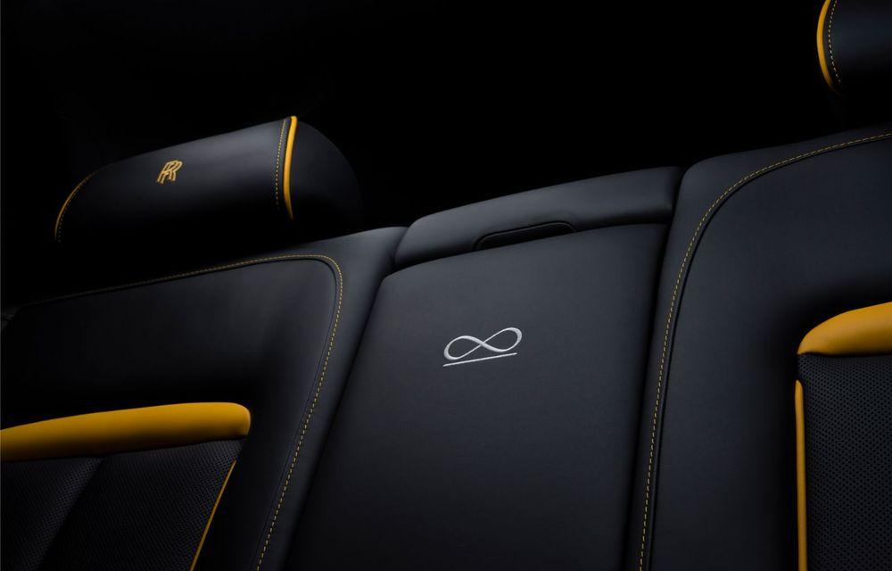 Rolls-Royce a lansat Cullinan Black Badge: modificări estetice și motor V12 cu 600 CP pentru cel mai scump SUV de serie - Poza 17