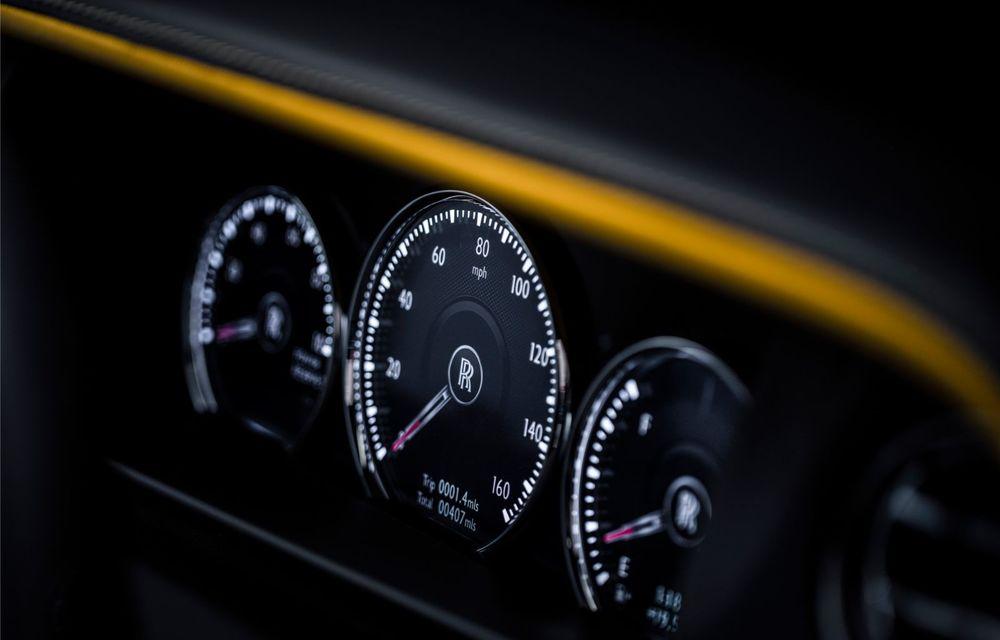 Rolls-Royce a lansat Cullinan Black Badge: modificări estetice și motor V12 cu 600 CP pentru cel mai scump SUV de serie - Poza 13