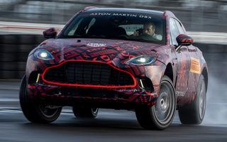 Un nou teaser video cu viitorul Aston Martin DBX: primul SUV al producătorului britanic va avea 550 CP și va fi prezentat în luna decembrie
