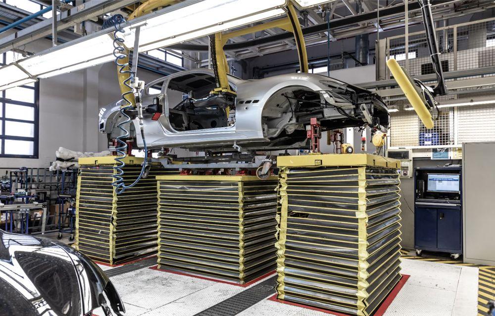 Maserati a încheiat producția actualului GranTurismo: ultimul exemplar se numește Zeda și are o caroserie vopsită în trei nuanțe - Poza 4