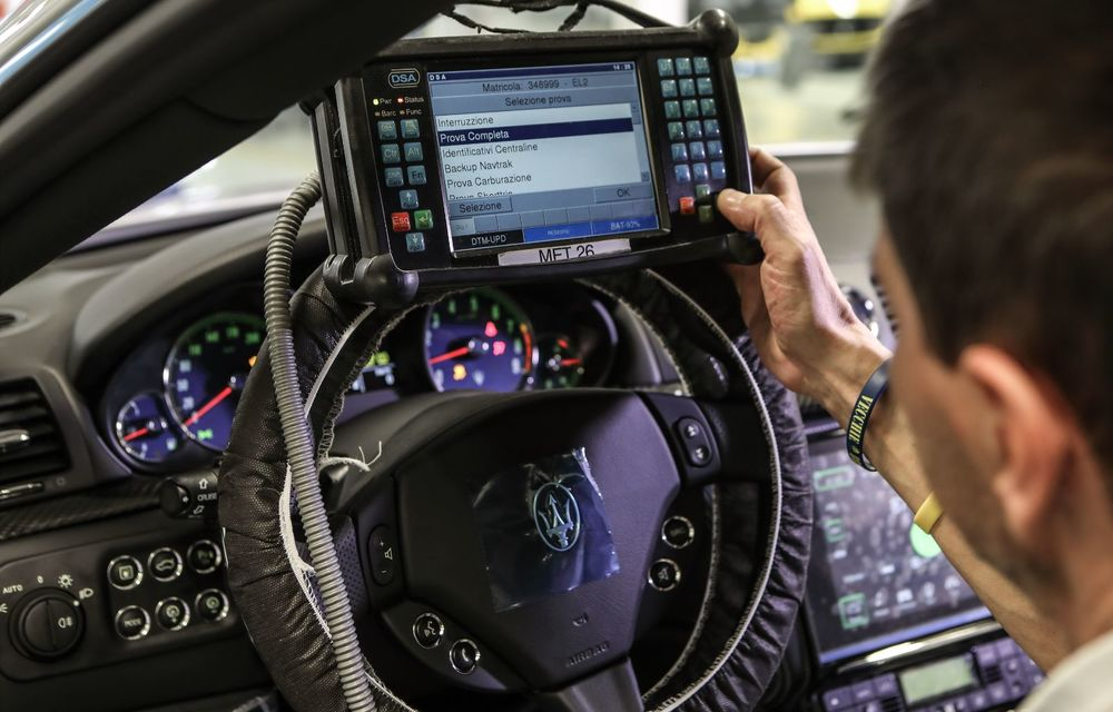 Maserati a încheiat producția actualului GranTurismo: ultimul exemplar se numește Zeda și are o caroserie vopsită în trei nuanțe - Poza 17