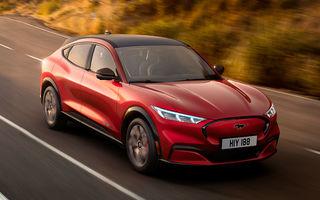 Ford a prezentat noul SUV electric Mustang Mach-E: versiunea GT propune tracțiune integrală și 465 CP, iar variantele cu roți motrice spate promit o autonomie de până la 600 de kilometri