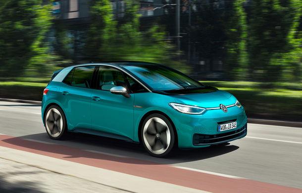 """Șeful Volkswagen: """"ID3 este cu 40% mai ieftin de produs decât Golful electric"""" - Poza 1"""