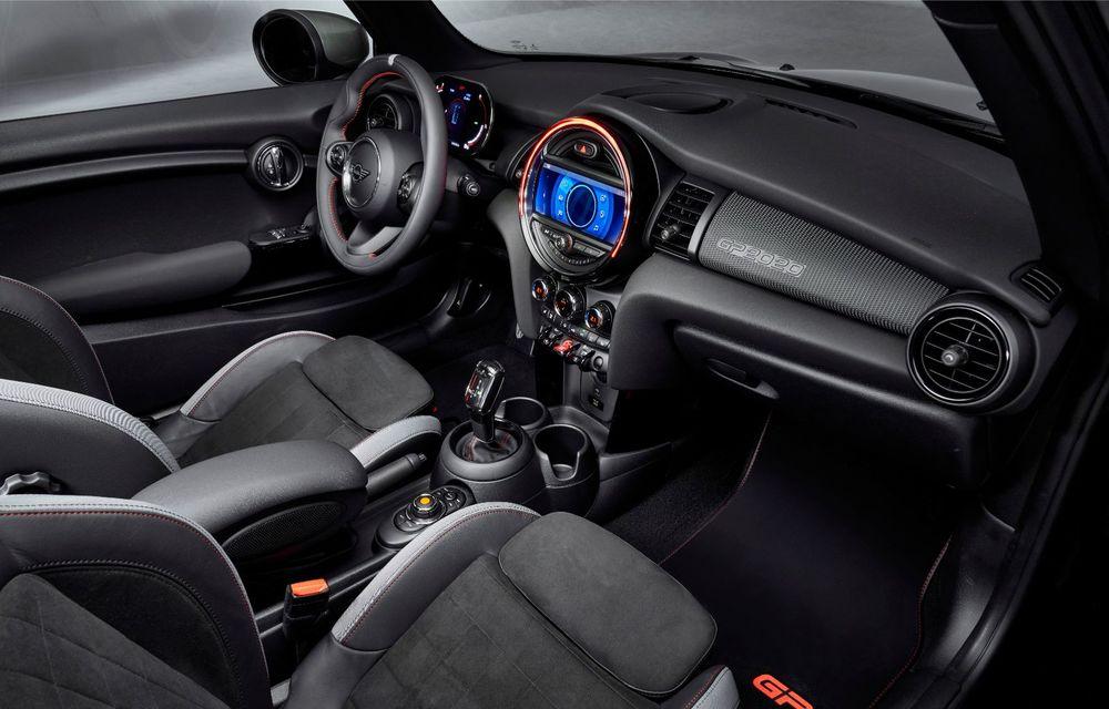 Mini a prezentat noul John Cooper Works GP: cel mai rapid model de serie al britanicilor are 306 CP și accelerează de la 0 la 100 km/h în 5.2 secunde - Poza 30