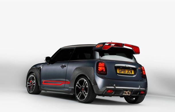 Mini a prezentat noul John Cooper Works GP: cel mai rapid model de serie al britanicilor are 306 CP și accelerează de la 0 la 100 km/h în 5.2 secunde - Poza 9