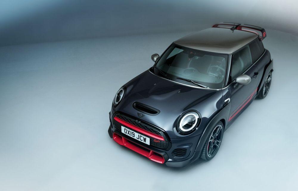 Mini a prezentat noul John Cooper Works GP: cel mai rapid model de serie al britanicilor are 306 CP și accelerează de la 0 la 100 km/h în 5.2 secunde - Poza 7
