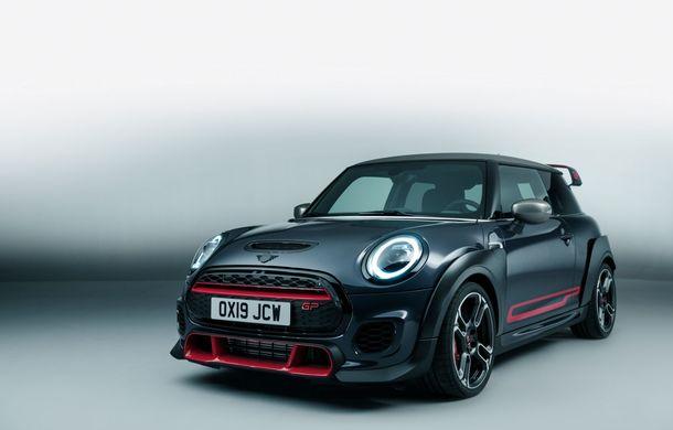 Mini a prezentat noul John Cooper Works GP: cel mai rapid model de serie al britanicilor are 306 CP și accelerează de la 0 la 100 km/h în 5.2 secunde - Poza 5