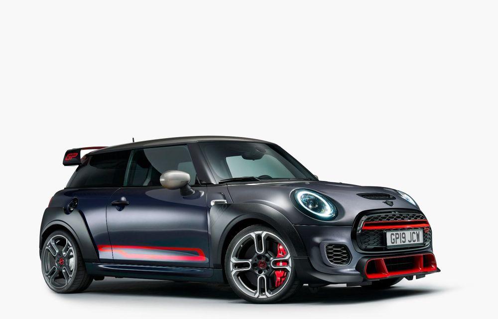 Mini a prezentat noul John Cooper Works GP: cel mai rapid model de serie al britanicilor are 306 CP și accelerează de la 0 la 100 km/h în 5.2 secunde - Poza 3