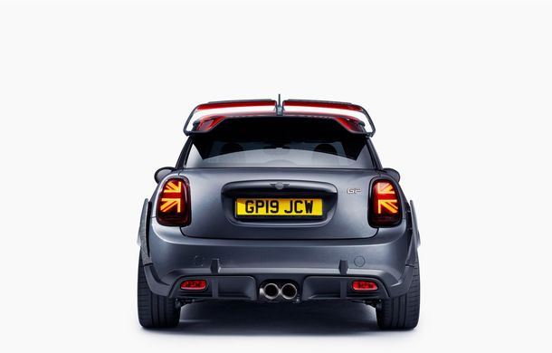 Mini a prezentat noul John Cooper Works GP: cel mai rapid model de serie al britanicilor are 306 CP și accelerează de la 0 la 100 km/h în 5.2 secunde - Poza 11