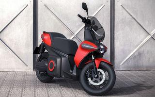 """Seat prezintă conceptul electric e-Scooter: autonomie de până la 115 km și baterie detașabilă care poate fi încărcată """"în casă"""""""