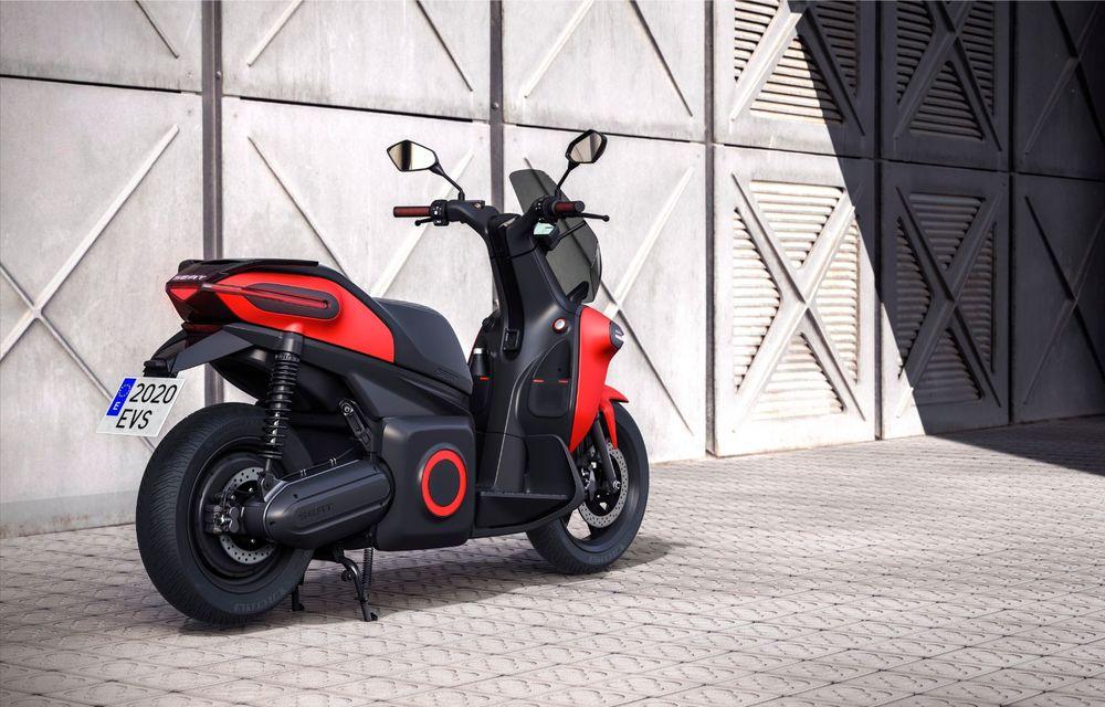 """Seat prezintă conceptul electric e-Scooter: autonomie de până la 115 km și baterie detașabilă care poate fi încărcată """"în casă"""" - Poza 8"""