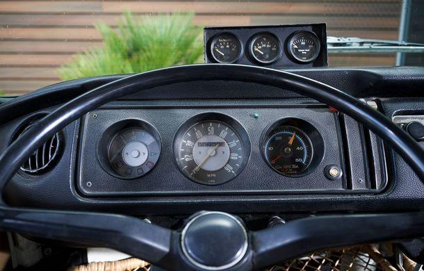 Un Volkswagen Type 2 din 1972 a fost transformat în vehicul electric: motor de 136 de cai putere și autonomie de 200 de kilometri - Poza 16