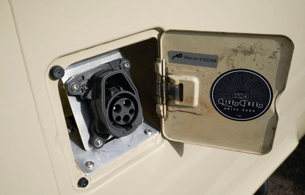 Un Volkswagen Type 2 din 1972 a fost transformat în vehicul electric: motor de 136 de cai putere și autonomie de 200 de kilometri - Poza 13
