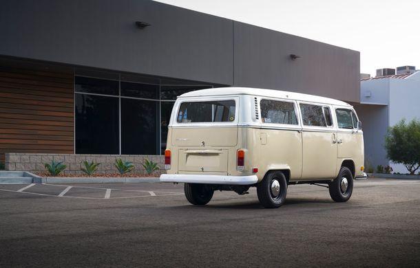 Un Volkswagen Type 2 din 1972 a fost transformat în vehicul electric: motor de 136 de cai putere și autonomie de 200 de kilometri - Poza 3